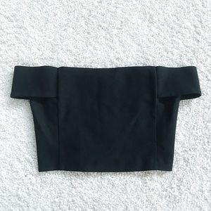 ☆ F21 • Off the shoulder cropped top